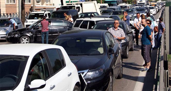 Anayol Ankara İstikametinde Zincirleme Kaza