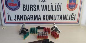 Çaldıkları Silahlarla Yakalandılar