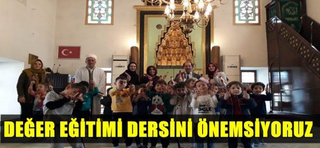 Minik Öğrenciler İshakpaşa Camisini Ziyaret Etti