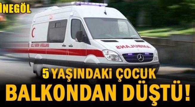 Balkondan Düşen Küçük Çocuk Ağır Yaralandı